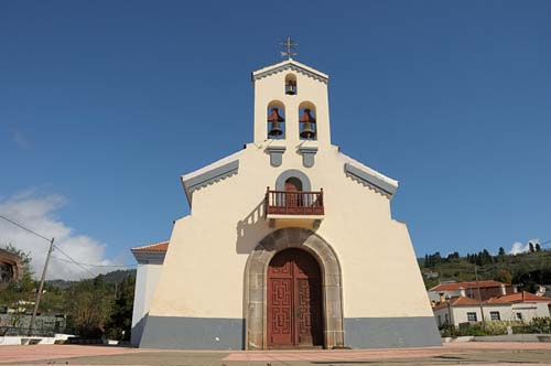 http://www.visitarcanarias.com/Images/Iglesia-San-Mauro-Abad.jpg