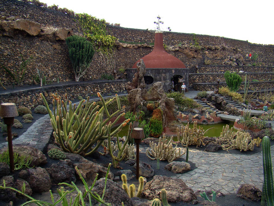 cactus garden lanzarote. Black Bedroom Furniture Sets. Home Design Ideas
