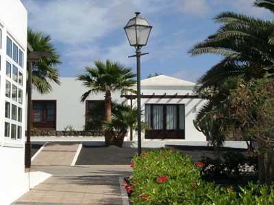 Apartamentos jardines del sol for Jardin de sol
